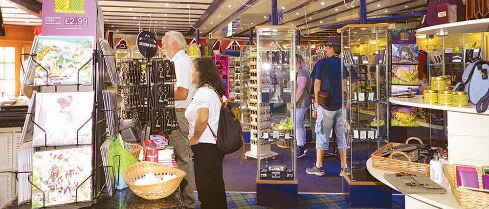 Nessieland-Countryfayre-Shopping-2
