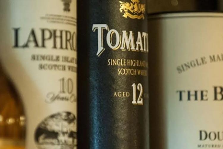 Loch-Ness-Lodge-Hotel-Pibroch-Bar-Malt-Whiskies-2