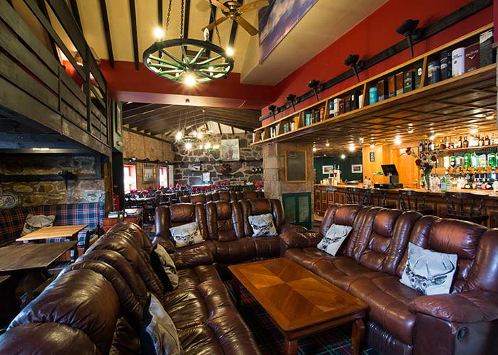 Nessiieland-Pibroch-Bar-and-Restaurant-Interior